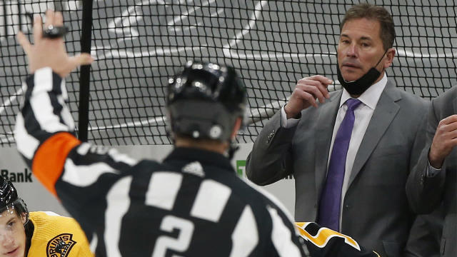 Bruins' Bruce Cassidy fined $25K for criticizing Game 5 officials
