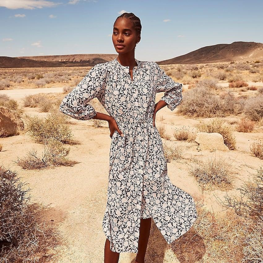 """<br><br><strong>J.Crew</strong> Tie-waist cotton voile midi dress in rose vines, $, available at <a href=""""https://go.skimresources.com/?id=30283X879131&url=https%3A%2F%2Fwww.jcrew.com%2Fp%2Fwomens%2Fcategories%2Fclothing%2Fdresses-and-jumpsuits%2Ftie-waist-cotton-voile-midi-dress-in-rose-vines%2FAY880%3Fdisplay%3Dsale%26fit%3DClassic%26isFromSale%3Dtrue%26color_name%3Dnavy-multi%26colorProductCode%3DAY880"""" rel=""""nofollow noopener"""" target=""""_blank"""" data-ylk=""""slk:J. Crew"""" class=""""link rapid-noclick-resp"""">J. Crew</a>"""