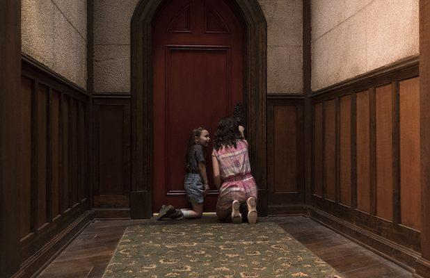 An Extended Version of 'The Haunting of Hill House' Is Coming to Blu-ray
