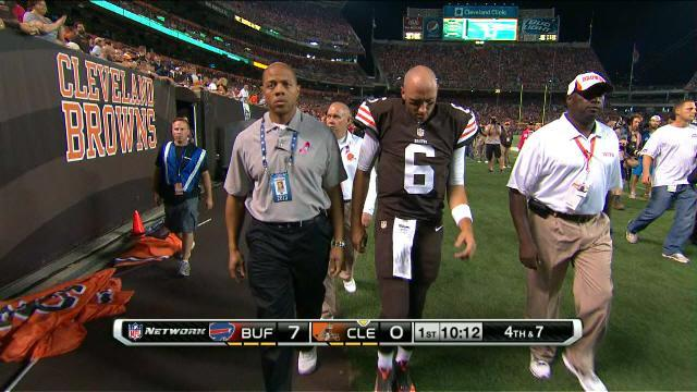 Browns make it official, announce quarterback Brian Hoyer is done for year with ACL injury