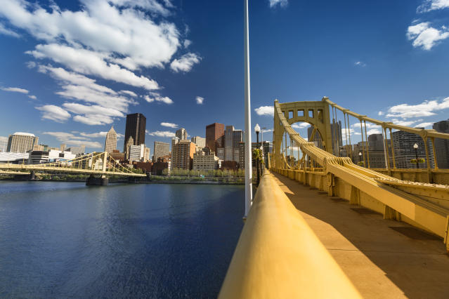 A view of the Roberto Clemente Bridge over the Allegheny River in Pittsburgh. Mayor William Peduto has welcomed the self-driving car industry to the city. (Pgiam via Getty Images)