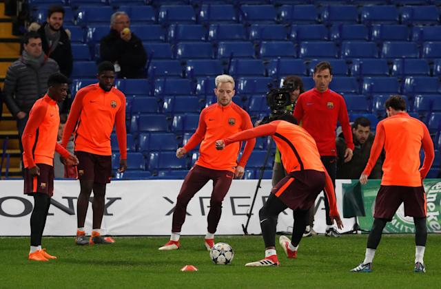 Soccer Football - Champions League - FC Barcelona Training - Stamford Bridge, London, Britain - February 19, 2018 Barcelona's Ivan Rakitic and team mates during training Action Images via Reuters/Matthew Childs