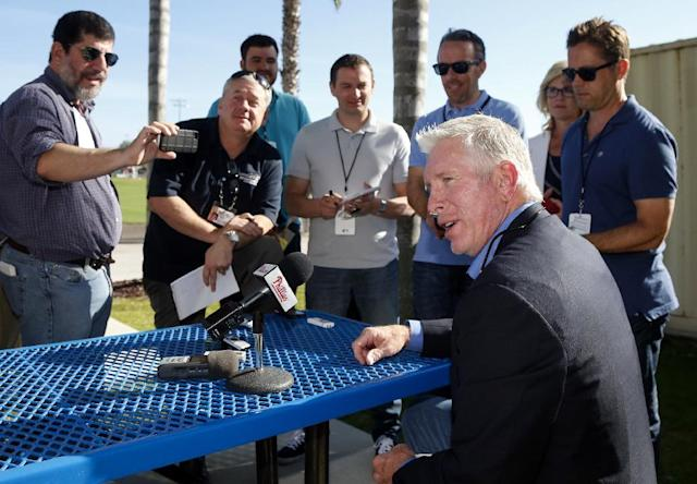 Baseball Hall of Famer and former Philadelphia Phillies third baseman Mike Schmidt speaks at a news conference at the Phillies spring training complex Sunday, March 16, 2014, in Clearwater, Fla. (AP Photo/Mike Carlson)