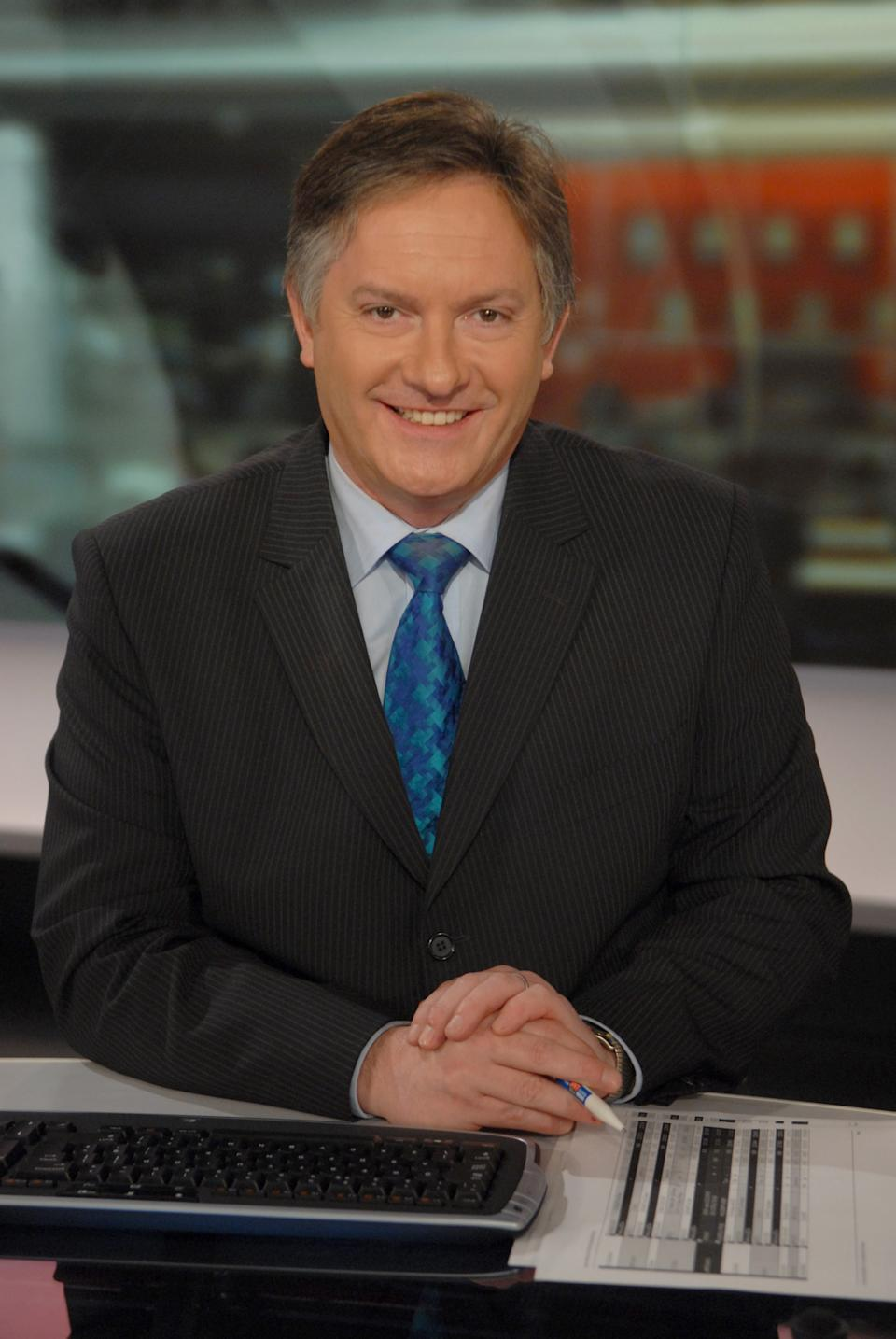 Portrait of BBC News presenter and broadcaster Simon McCoy, 09/04/2008. (Photo by Jeff Overs/BBC News & Current Affairs via Getty Images)