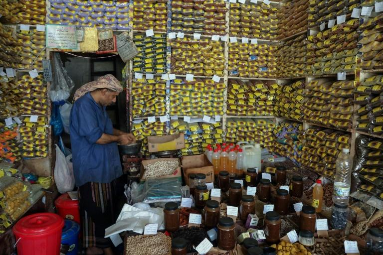 Yemenis are turning to herbal remedies to protect themselves from coronavirus as fears mount in the most impoverished Arab nation over the number of infections in the war-hit country (AFP Photo/AHMAD AL-BASHA)
