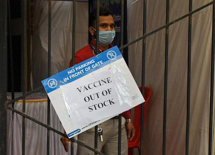 MUMBAI, MAHARASHTRA, INDIA - 2021/04/08: A healthcare worker wearing a facemask as a precaution against the spread of covid-19 seen at a vaccination center which is closed temporarily due to shortage of vaccine in Mumbai. Many vaccination centers stopped giving vaccine to people due to shortage and as a result people had to return back without getting their dosage. (Photo by Ashish Vaishnav/SOPA Images/LightRocket via Getty Images)