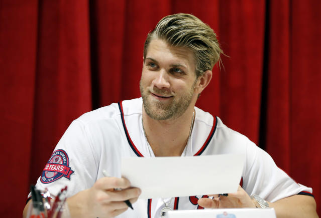 "Big market teams are still in the best position to sign <a class=""link rapid-noclick-resp"" href=""/mlb/players/8875/"" data-ylk=""slk:Bryce Harper"">Bryce Harper</a> next offseason. (AP Photo)"