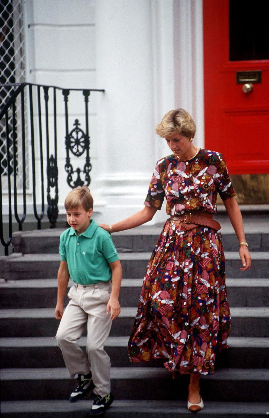 <p>Princess Di turned school drop-off into a fashion show once again in this printed maxi dress and belt.</p>