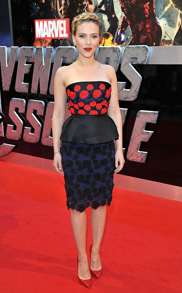 "Scarlett Johansson attends the London premiere of ""Marvel's The Avengers"" on April 19, 2012 in London, England."