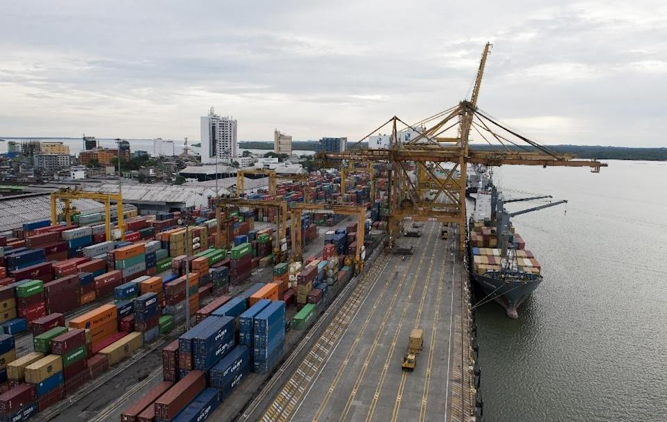 A view of the port in Buenaventura, Colombia, on March 25, 2014 (AFP Photo/Luis Robayo)