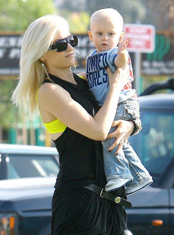 """Gwen Stefani took her blond baby boy Zuma to Pan Pacific Park in Los Angeles over the weekend. ICE/<a href=""""http://www.x17online.com"""" target=""""new"""">X17 Online</a> - November 7, 2009"""