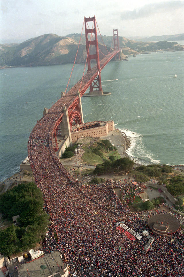 A crowd estimated at 800,000 jams the deck of the Golden Gate Bridge in San Francisco, Calif., on May 24, 1987, as a walk is kicked off to celebrate the 50th anniversary of the bridge that spans the San Francisco Bay. (AP Photo/Doug Atkins)