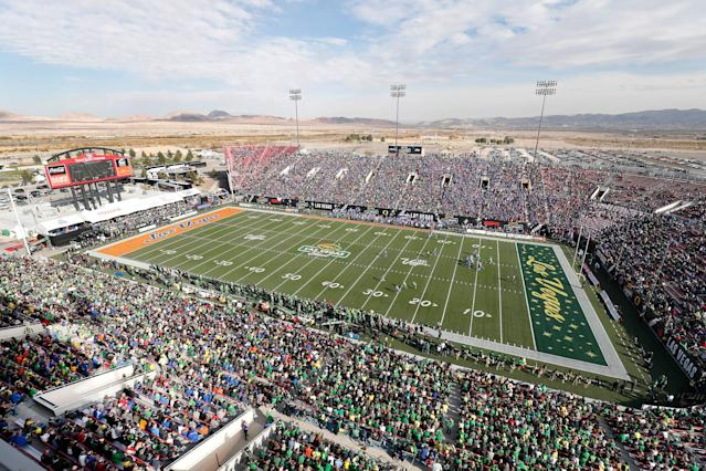 "General overview of the stadium during the Las Vegas Bowl featuring the Oregon Ducks and <a class=""link rapid-noclick-resp"" href=""/ncaaf/teams/bbe"" data-ylk=""slk:Boise State Broncos"">Boise State Broncos</a> on December 16, 2017 at Sam Boyd Stadium in Las Vegas, NV. (Photo by Jeff Speer/Icon Sportswire via Getty Images)"
