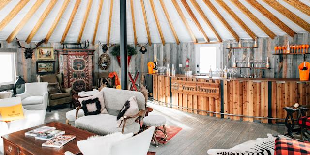<p>Skiing is great and all, but we all know what comes <em>after</em><span> is where the real fun is. </span>For the best of the best, look no further than these bars, hotels, lounges, and pools that prove you don't ever really have to hit the slopes at all.</p>