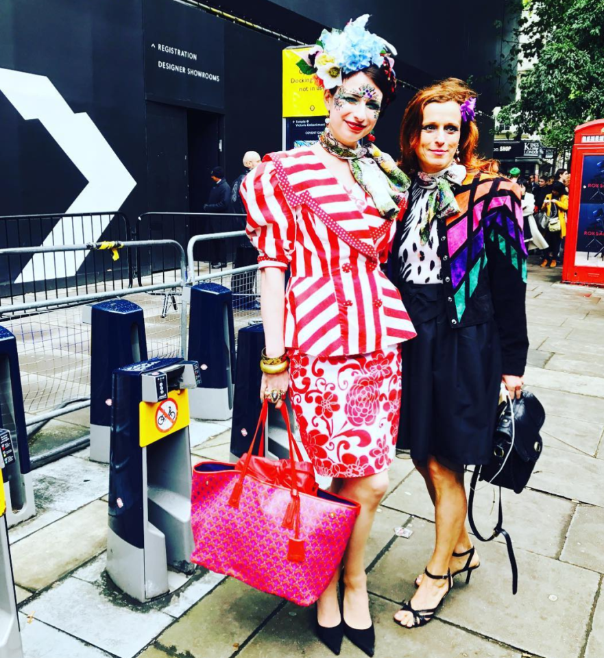 <p>These clashing prints most definitely stood out over the weekend. From the scarves to the headwear to the bags, we don't know what to focus on. <em>[Photo:Lydiaprestonsweeney/Instagram]</em> </p>