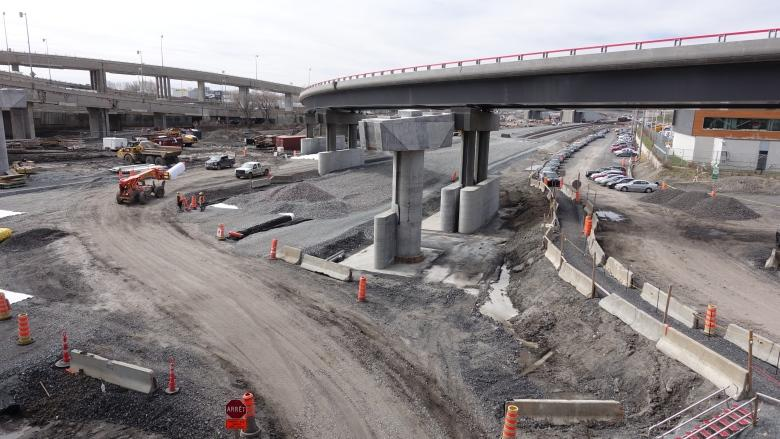 Fallen concrete shuts Hwy. 20 ramps in Turcot Interchange
