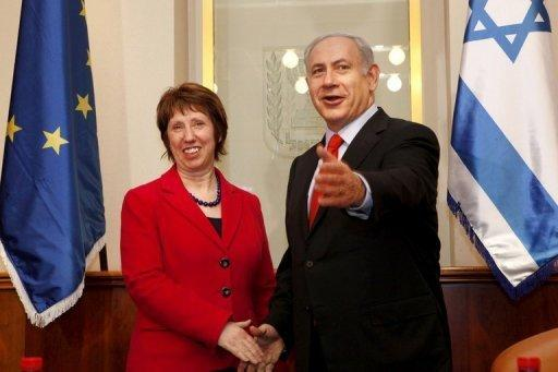 Catherine Ashton shakes hands with Benjamin Netanyahu ahead of talks in Jerusalem