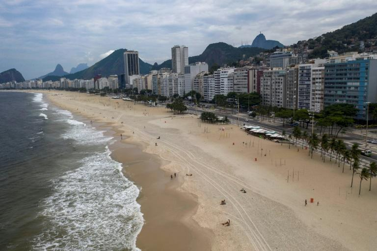 Rio scraps beach app reservation idea