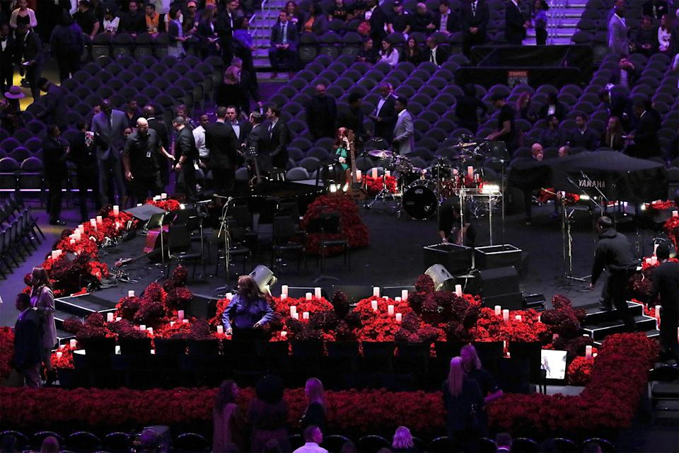 """Attendees took their seats before paying their respects to Bryant, his daughter and the <a href=""""https://people.com/sports/kobe-bryant-victims-of-calabasas-helicopter-crash/?slide=7566210#7566210"""" rel=""""nofollow noopener"""" target=""""_blank"""" data-ylk=""""slk:seven other victims:"""" class=""""link rapid-noclick-resp"""">seven other victims: </a>Sarah and Payton Chester, Christina Mauser, John, Keri and Alyssa Altobelli and pilot Ara Zobayan."""
