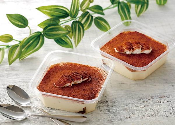 YOUR SWEETS Specialty Tiramisu (112 yen each)