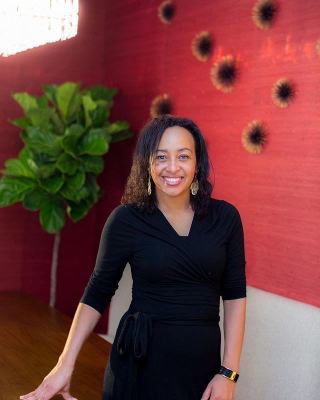 "<p>Marie Burgos is an interior designer and feng shui expert based in New York and Los Angeles.</p><p><a href=""https://www.instagram.com/p/B-5YuYDK8QI/"" rel=""nofollow noopener"" target=""_blank"" data-ylk=""slk:See the original post on Instagram"" class=""link rapid-noclick-resp"">See the original post on Instagram</a></p>"