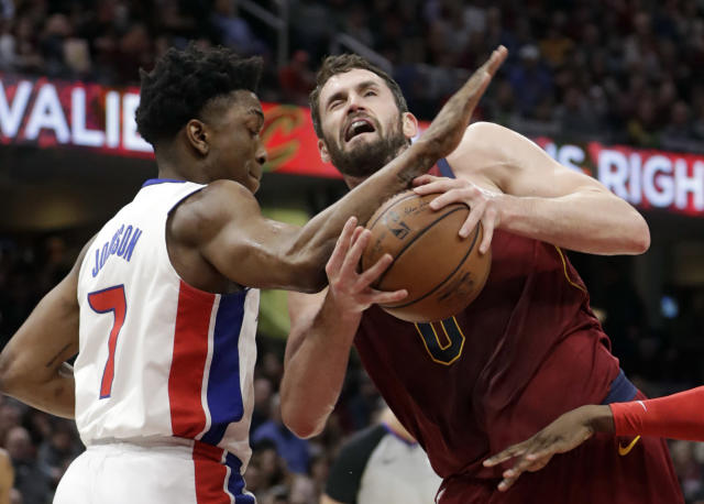 Kevin Love doesn't need to go under the knife, but he'll still be on the shelf for two months. (AP)