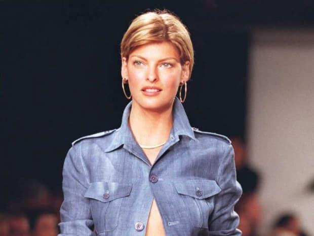 Linda Evangelista is seen at a show during 1996 New York Fashion Week. The model wrote on Tuesday that she is suffering after undergoing a fat-reduction procedure five years ago. (Jon Levy/AFP/Getty Images - image credit)