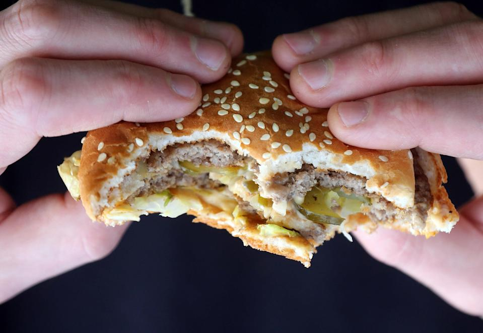 Obesity Can Spread Like Flu Between Friends and Neighbors