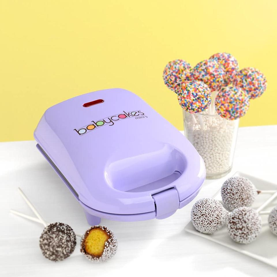 Amazon Canada shoppers are loving the Babycakes Mini Cake Pop Maker. Image via Amazon.