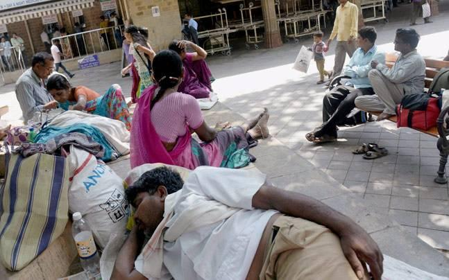 Maharashtra medical crisis: CM Fadnavis appeals to doctors to end strike
