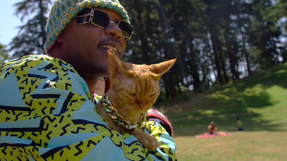 Moshow in 'Cat People'