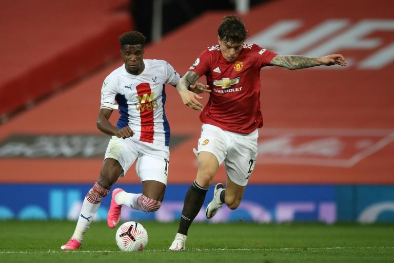 Man Utd stunned by Palace, Leeds win thriller