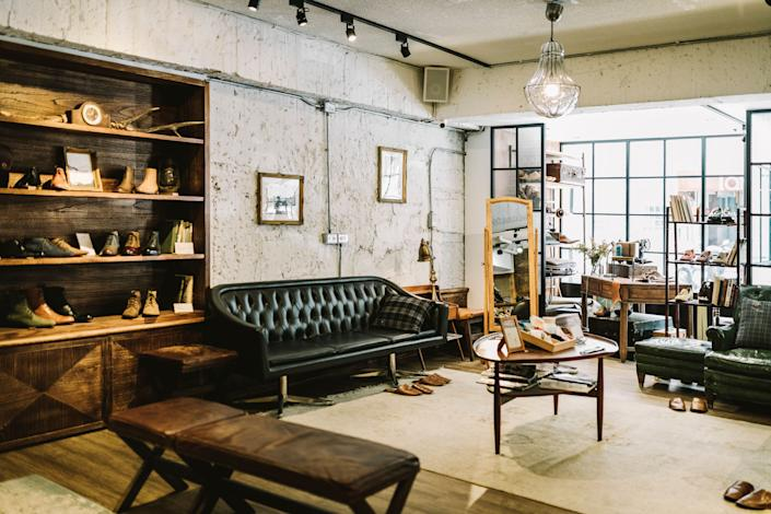 The industrial style combines modern and raw elements, like exposed lighting, metal and leather materials in dark colors like brown, gray and black. Here's where to find steampunk, urban and rustic inspired furniture at every budget. (Photo: visualspace via Getty Images)