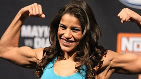 Julianna Pena's Knee Surgery a Success, Expected to Make Full Recovery