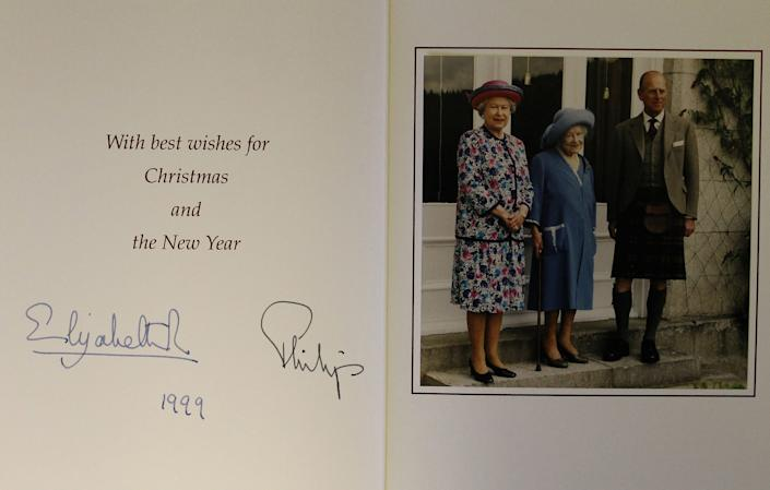 Royal family Christmas card 1999