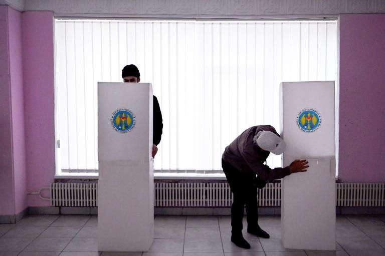 Experts predict a second-round runoff as neither Dodon nor Sandu is expected to secure an outright majority in the first round
