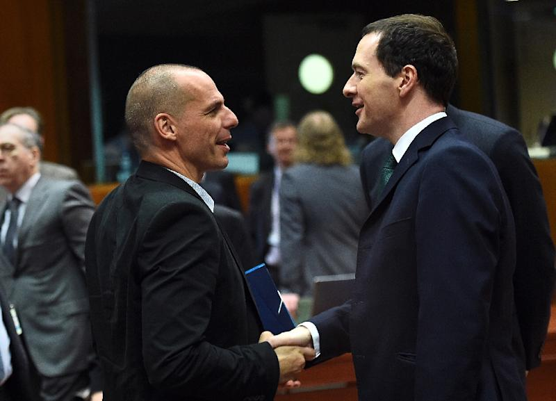 Greek Finance Minister Yanis Varoufakis (L) with his British counterpart George Osborne on May 12, 2015 during an Economic and Financial Affairs Council meeting in Brussels (AFP Photo/Emmanuel Dunand)