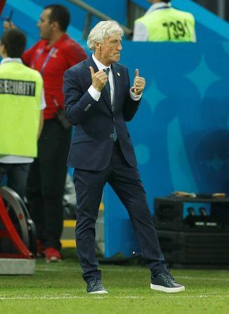 Soccer Football - World Cup - Group H - Poland vs Colombia - Kazan Arena, Kazan, Russia - June 24, 2018 Colombia coach Jose Pekerman celebrates after Juan Cuadrado (not pictured) scored their third goal REUTERS/John Sibley