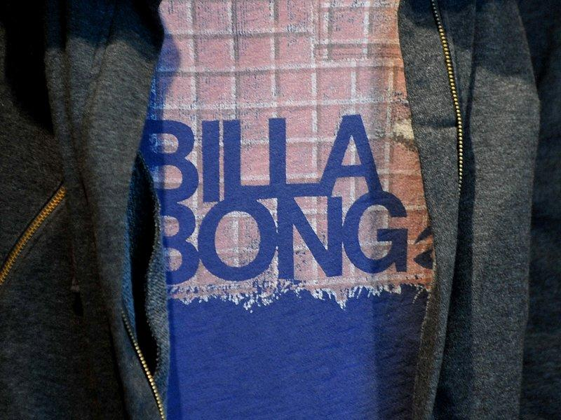 Billabong tumbles as bidder walks away