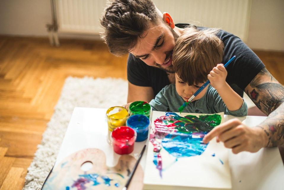 """<p>Encourage everyone in the family to get creative by making crafts fit for the holiday. While you can always go for something that'll double as a gift for dad, we're pretty sure he'd love to get his hands in the paint, too. </p><p> <a class=""""link rapid-noclick-resp"""" href=""""https://www.goodhousekeeping.com/holidays/fathers-day/g4326/free-fathers-day-gifts/"""" rel=""""nofollow noopener"""" target=""""_blank"""" data-ylk=""""slk:MAKE THESE FATHER'S DAY CRAFTS"""">MAKE THESE FATHER'S DAY CRAFTS</a></p>"""