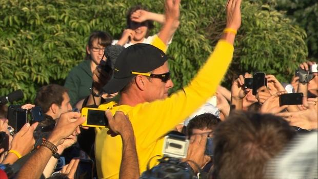 Lance Armstrong invited people out for a job on Montreal's Mont Royal.