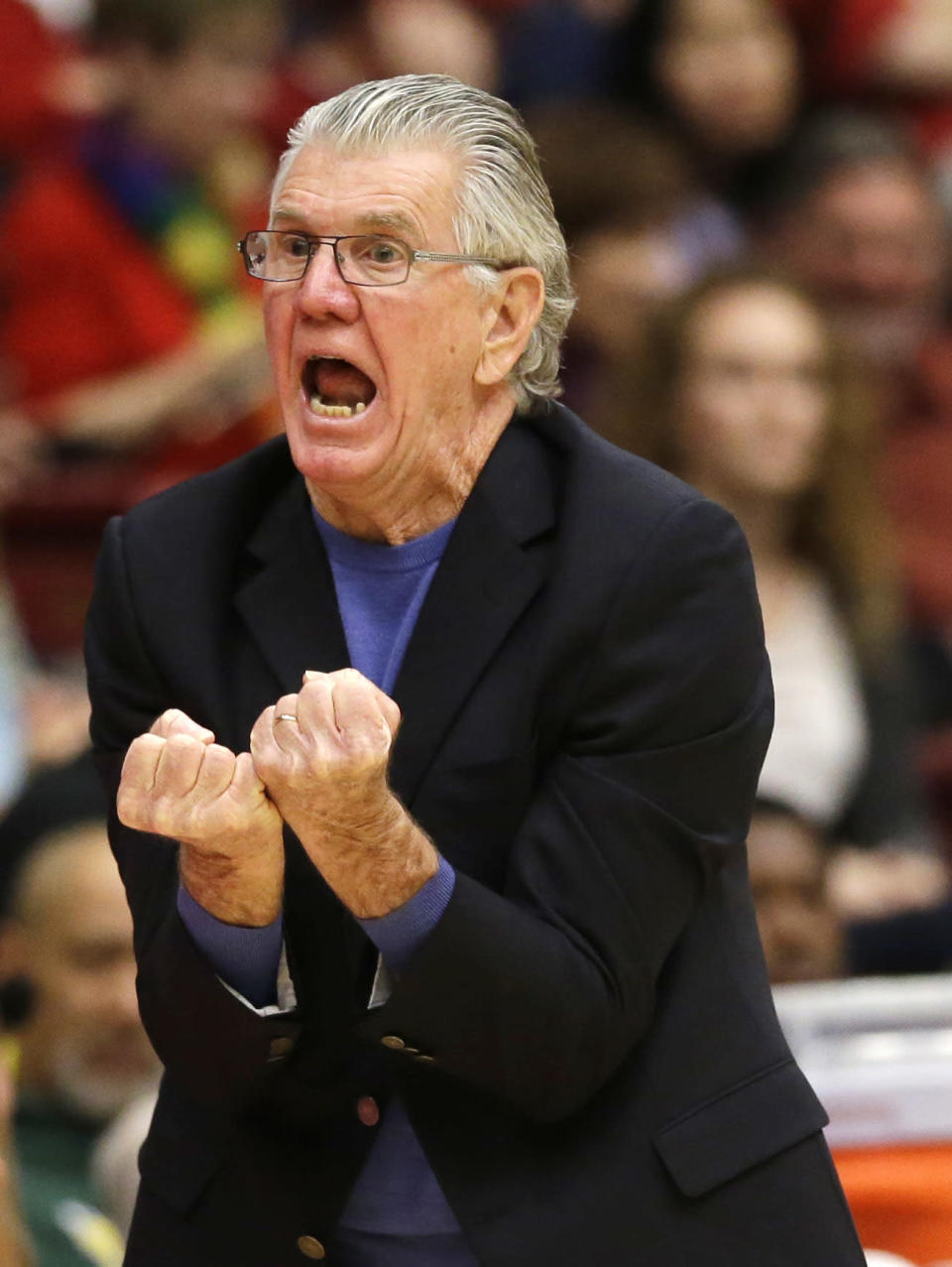 Oregon head coach Paul Westhead argues a call as his team plays Stanford during the first half of an NCAA college basketball game on Friday, Jan. 3, 2014, in Stanford, Calif. (AP Photo/Marcio Jose Sanchez)