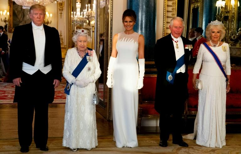 L-R: US President Donald Trump, Britain's Queen Elizabeth, US First Lady Melania Trump, Britain's Prince Charles, and Camilla, Duchess of Cornwall pose for a photograph ahead of a state banquet at Buckingham Palace on June 3 (AFP Photo/Doug Mills)