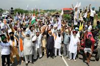 Farmers and union leaders said they would fight for their rights and continue their sit-in (AFP/Narinder NANU)