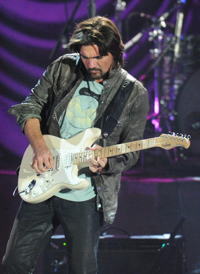 "Juanes performs at the ""A Decade of Difference"" concert on October 15, 2011, at the Hollywood Bowl, Los Angeles. <br><br>(Photo by Stephanie Cabral/Yahoo!)"
