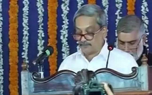 Manohar Parrikar takes oath as Goa Chief Minister for fourth term, 8 other ministers sworn in