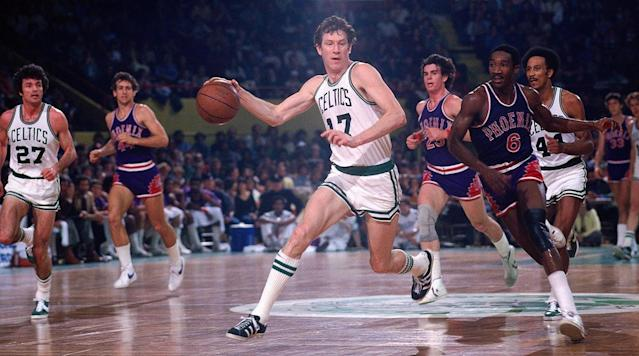 Bill Russell, Kareem Abdul-Jabbar, Jerry West and more pay tribute following the death of Celtics legend John Havlicek.