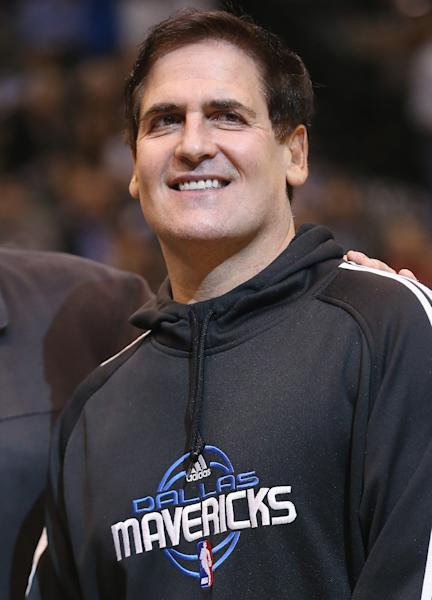 DALLAS, TX - DECEMBER 10: Mark Cuban of the Dallas Mavericks at American Airlines Center on December 10, 2012 in Dallas, Texas. (Photo by Ronald Martinez/Getty Images)