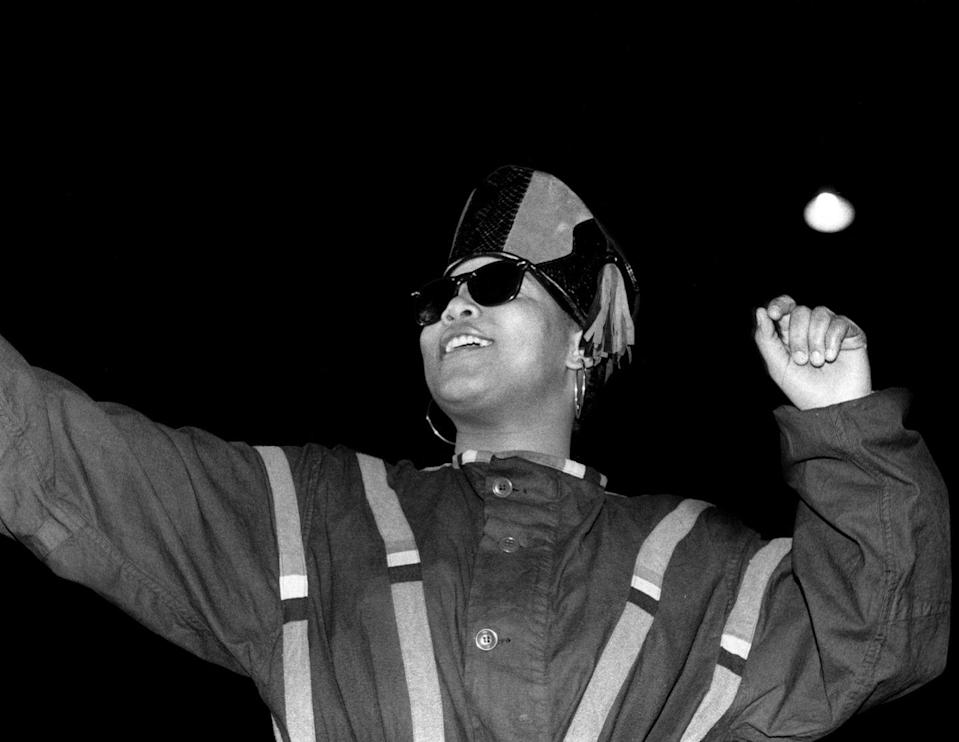 <p>Queen Latifah performs at the International Amphitheatre in Chicago in April 1990.</p>