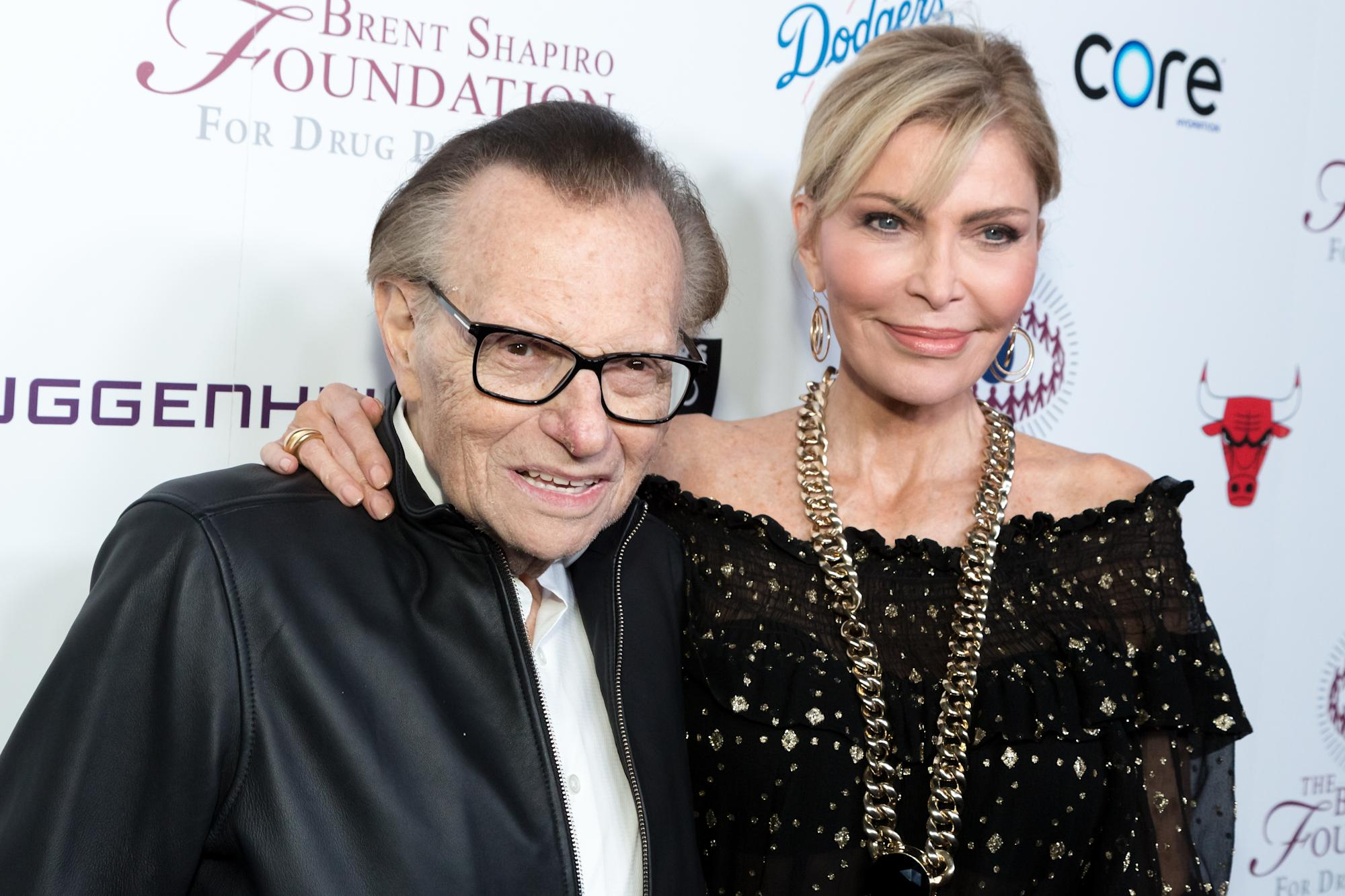 Larry King's estranged wife to contest his secret will - Yahoo Entertainment